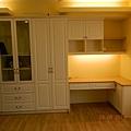 女孩房衣櫃+書桌
