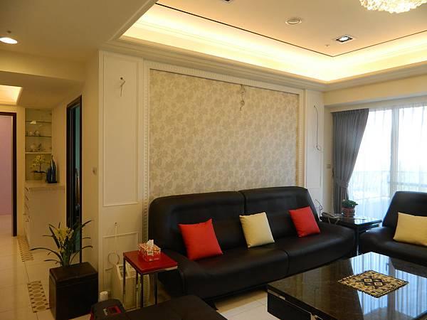 沙發背牆-黃光