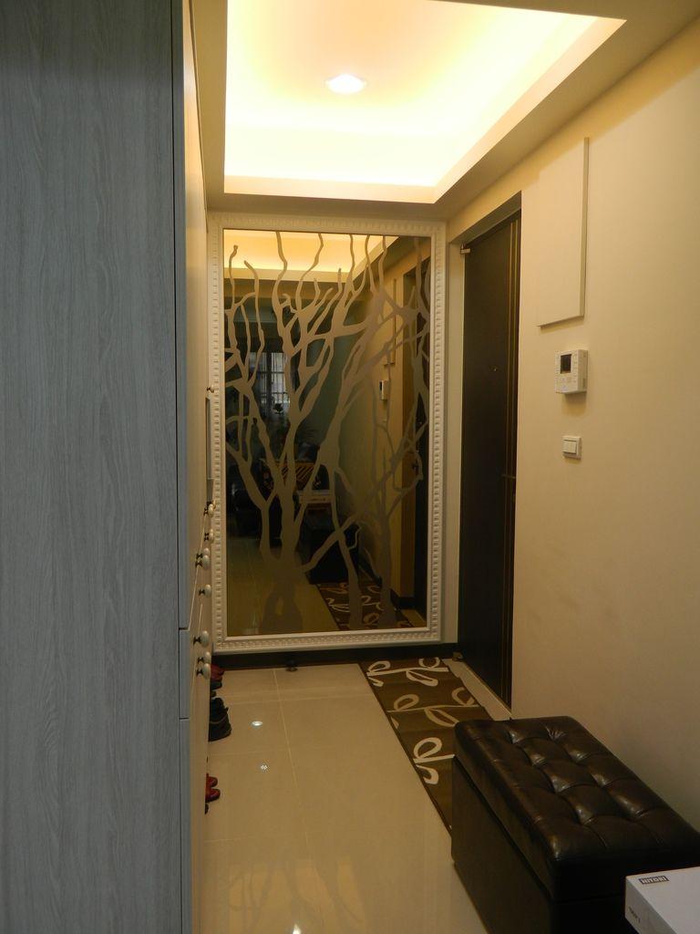 玄關鏡面噴圖