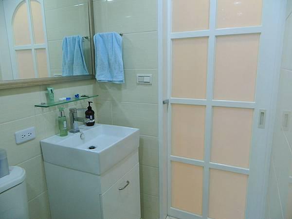 衛浴3.JPG