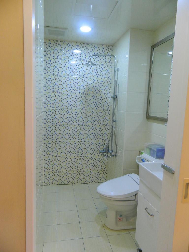 衛浴4.JPG