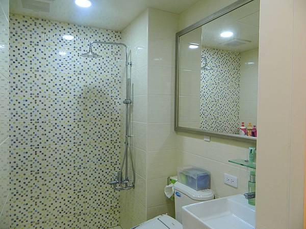 衛浴5.JPG