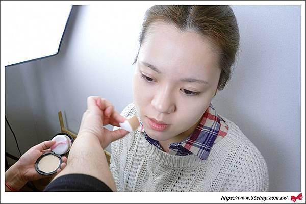 聖誕彩妝_蜜粉_珠光_眼影_韓國美妝 (4).jpg