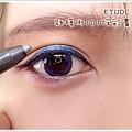 4-1_1-1_眼線筆_眼線液_內眼線_教學_貓眼妝 (8).jpg