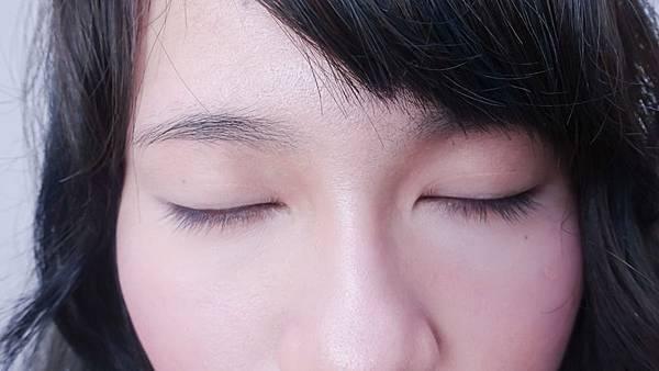 春妝_好感_日系_韓系_彩妝_眼影_腮紅 (1).jpg