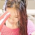 髮膜_護髮_修護_林依晨_女神_毛躁髮_斷裂_染燙_受損_分岔_潤髮_矽靈 (14).jpg