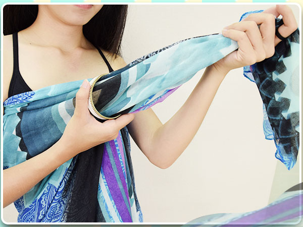 夏日穿搭_洋裝_絲巾_絲巾變洋裝_海灘風_比基尼04.jpg