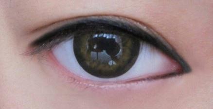 眼睛距離較開.jpg