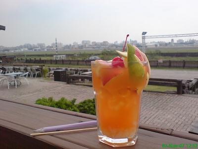 水果茶-點套餐$75(半價)