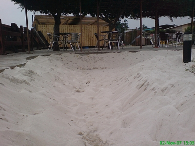 乾淨的白沙