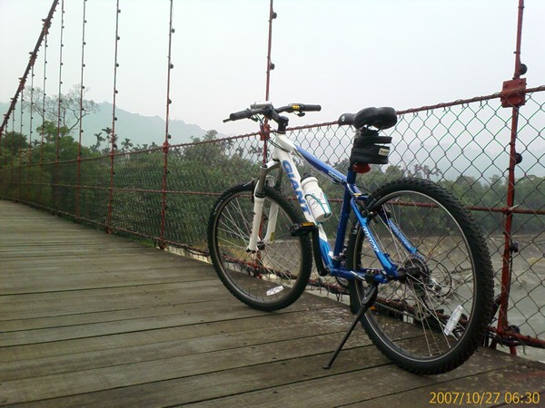 桶頭吊橋2