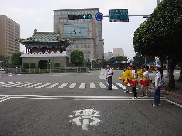 20101017統一發票杯馬拉松 033.JPG