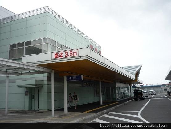 36-20100813北海道函館機場02