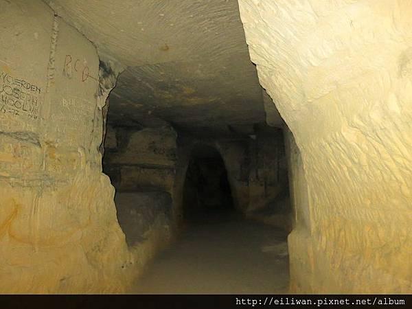20-聖彼得堡洞窟99
