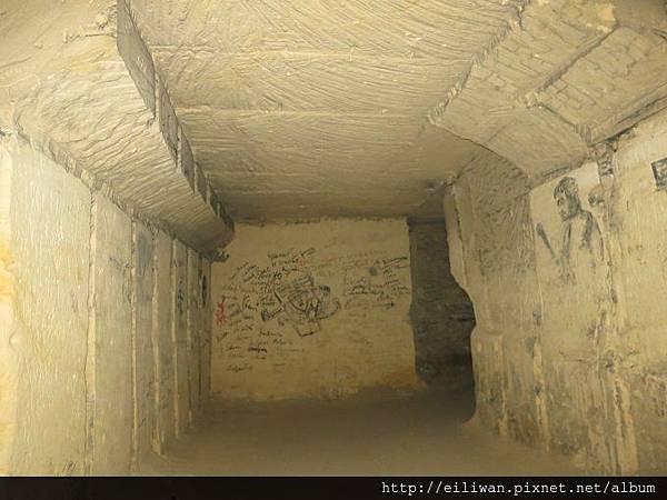 20-聖彼得堡洞窟108