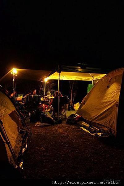 2013-11-09-吻吻露營區-阿甘露營車隊011.jpg