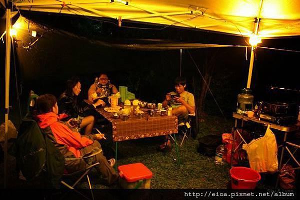 2013-11-09-吻吻露營區-阿甘露營車隊013.jpg