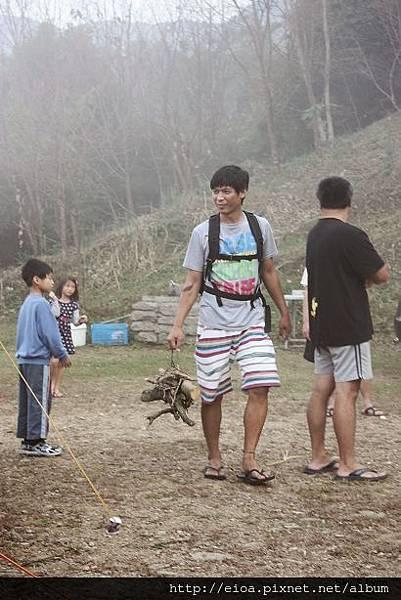 2013-11-09-吻吻露營區-阿甘露營車隊099.jpg