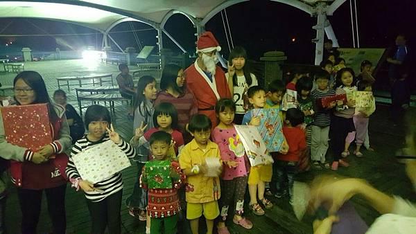 2016聖誕趴_170215_0025.jpg