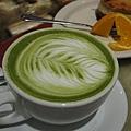 urth cafe in Santa Monica