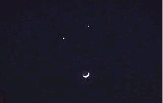 微笑月亮3.bmp