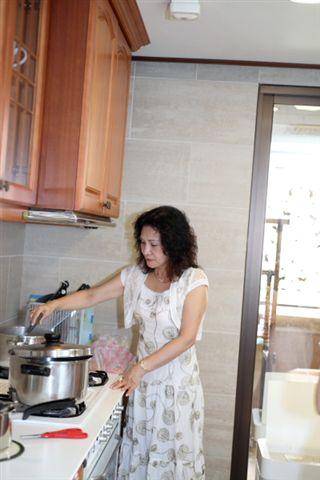 其實當天好吃的湯圓是E媽媽手帕交吳阿姨做的!!