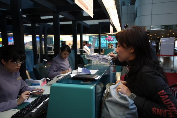 不過她會幫忙註記,登機時幫我們調整