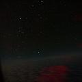有看到一點一點很多的星星嗎?