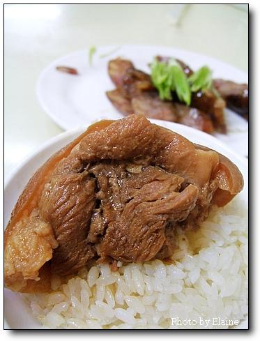 大桶爌肉飯