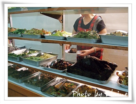 共有三十多種盆頭菜任君挑選