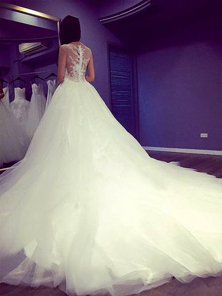 Yours bridal_2048.jpg