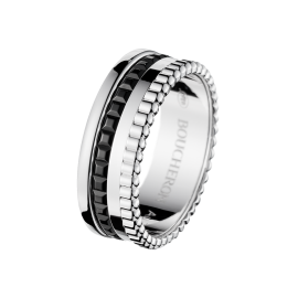 jrg01790-quatre-black-edition-ring-white-gold.png
