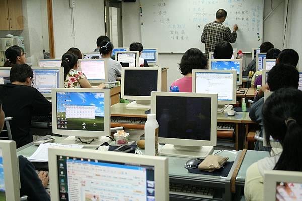 IMG_0003電子商務實務班
