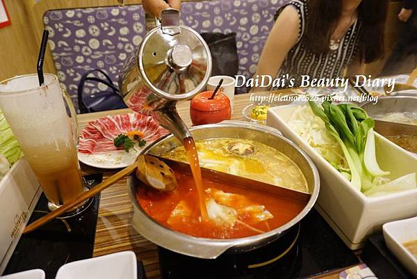 Hello Kitty Shabu-Shabu