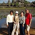 10/26 Angkor wart 小吳哥 與導遊合照