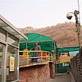 day 4 -1 長城  撘滑車上去爬