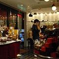 day 3 長崎 - 熊本 037 很不錯的甜點店 swiss.JPG