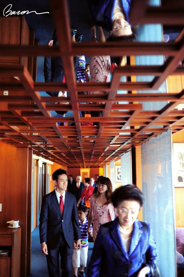 男方家人到達十七樓