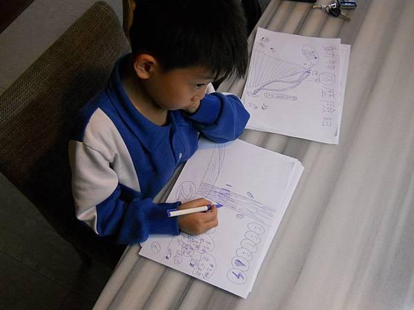 4.八歲的創作者夢晟
