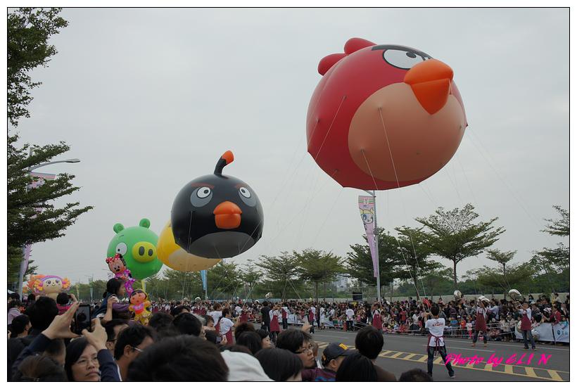 1001204-夢時代大氣球遊行-8.jpg