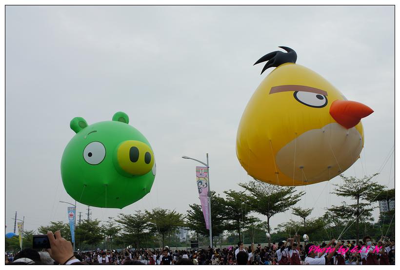 1001204-夢時代大氣球遊行-9.jpg