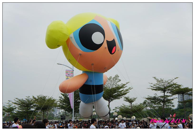 1001204-夢時代大氣球遊行-15.jpg