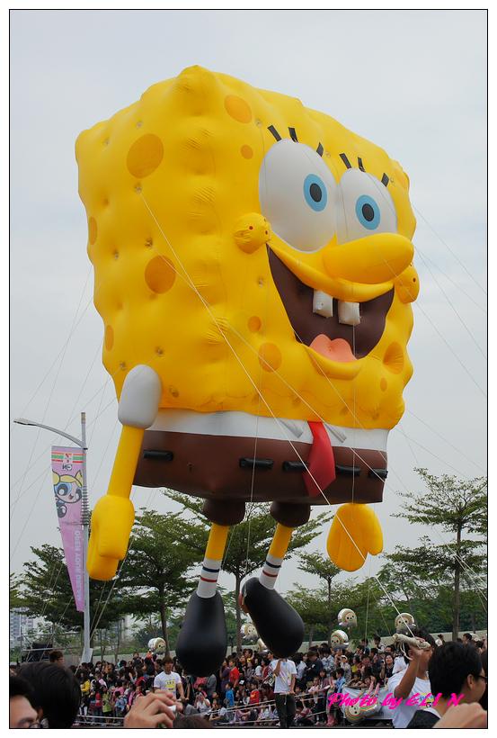 1001204-夢時代大氣球遊行-22.jpg