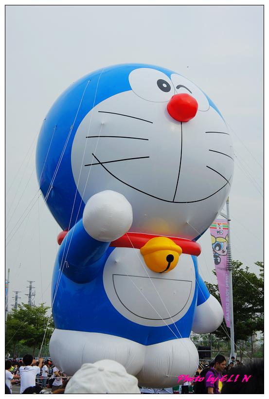 1001204-夢時代大氣球遊行-26.jpg