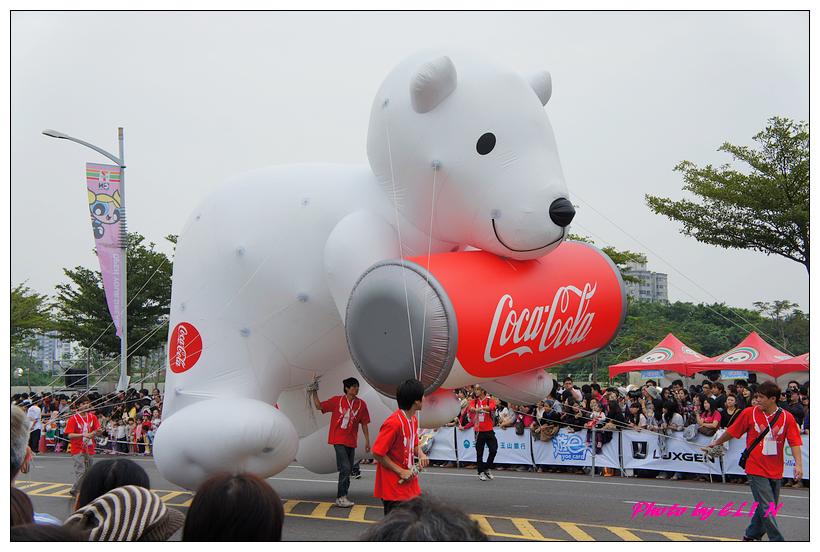 1001204-夢時代大氣球遊行-39.jpg