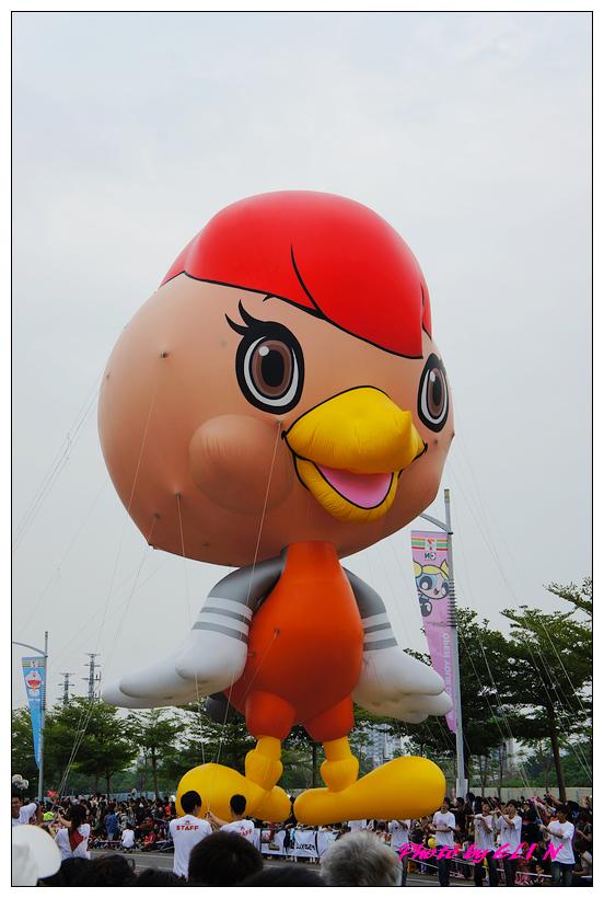 1001204-夢時代大氣球遊行-44.jpg