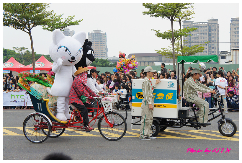 1001204-夢時代大氣球遊行-48.jpg