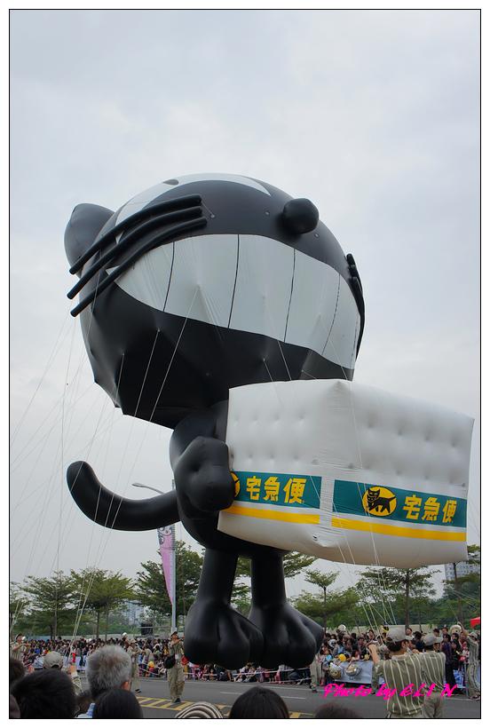 1001204-夢時代大氣球遊行-50.jpg