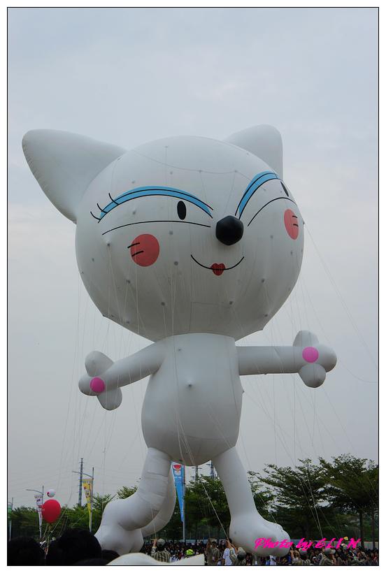 1001204-夢時代大氣球遊行-52.jpg