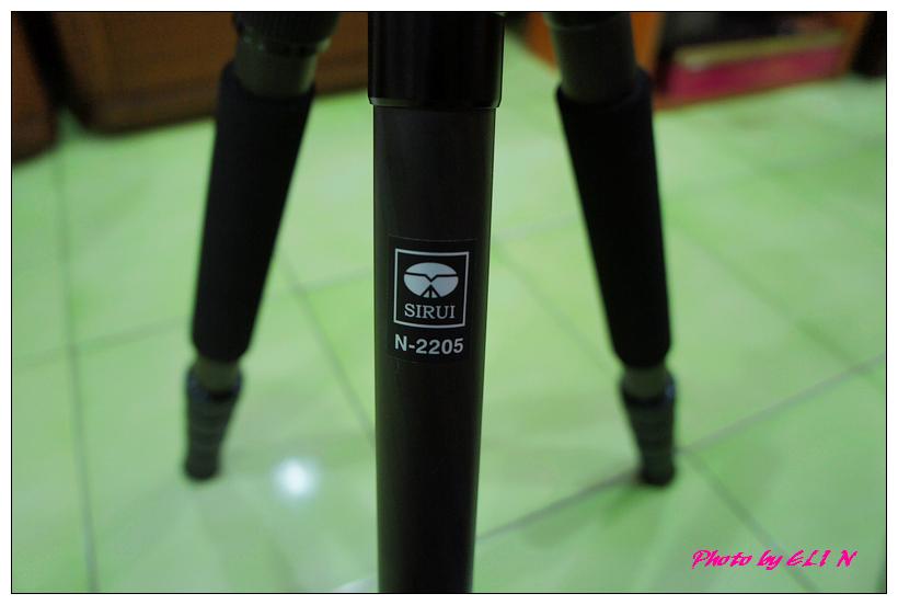 思銳SIRUI N2205專業碳纖維腳架+G20雲台-13.jpg